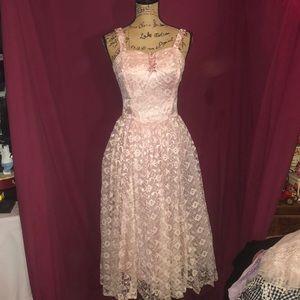 ⭐️VINTAGE⭐️ Dress